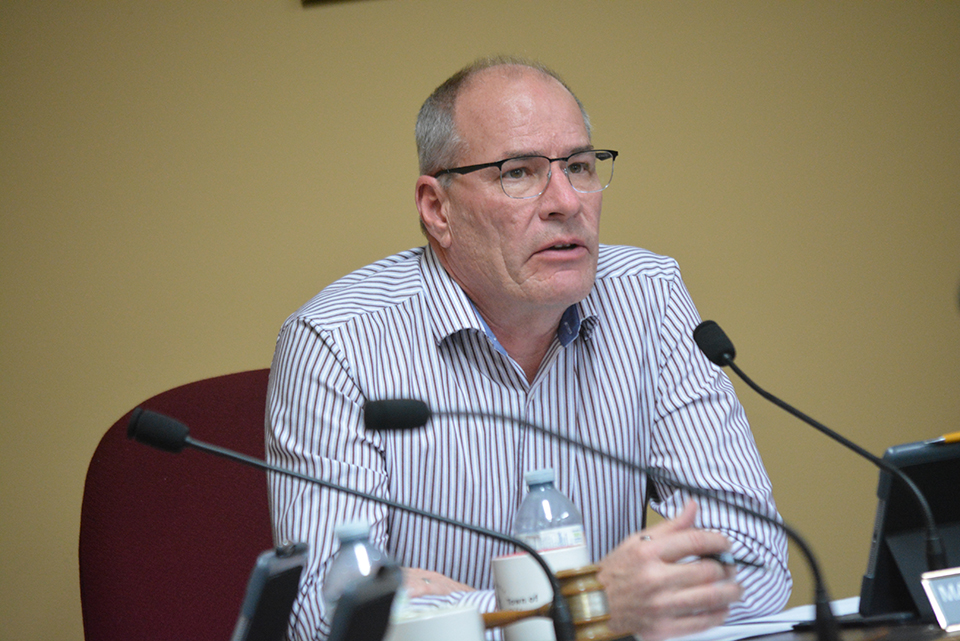 Oliver mayor 'disappointed' hospital board not funding clinics