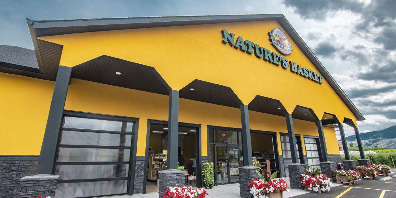 Board endorses eating establishment at fruit stand