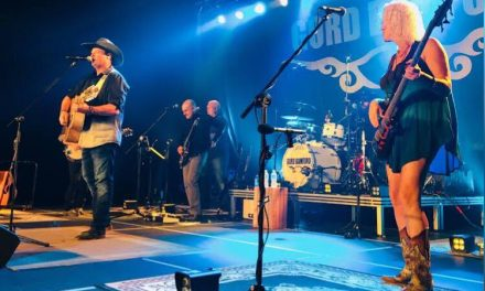 Country music stars and NHL alumni come together for new fundraiser
