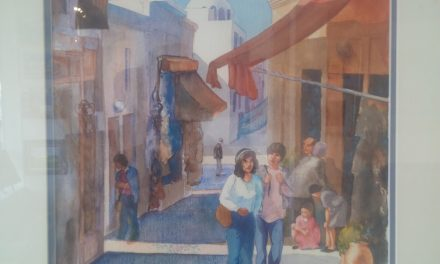 Oliver Art gallery features figures