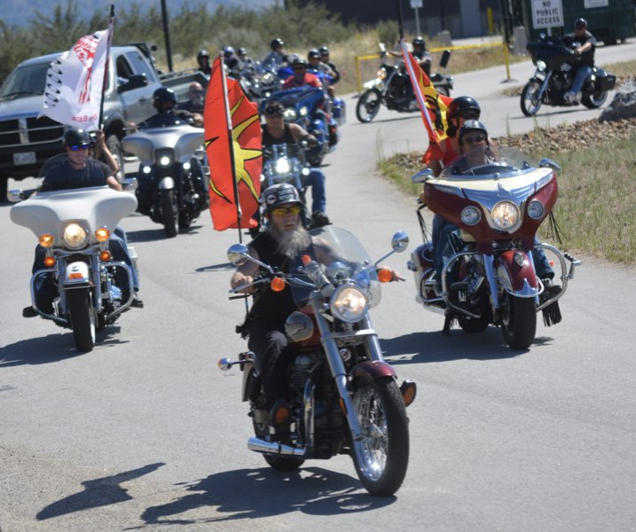 Oliver and OIB communities remember Robert Stelkia in weekend procession