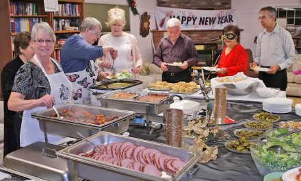 Osoyoos Seniors Centre rings in the New Year