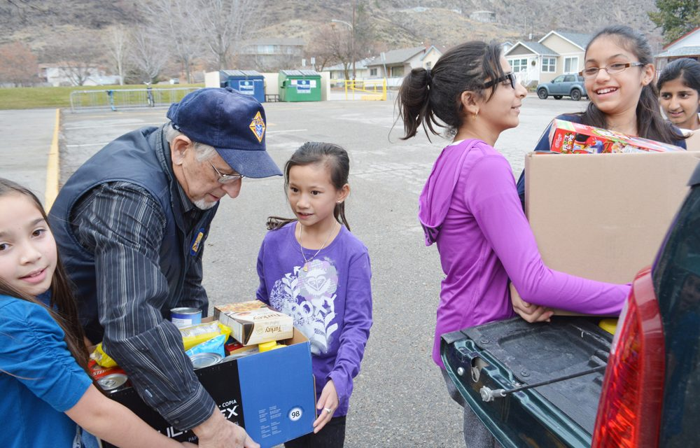 Knights press on through pandemic to make hampers