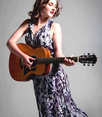 Lizzy Hoyt to grace Venables stage