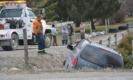 Motor vehicle accident slows traffic