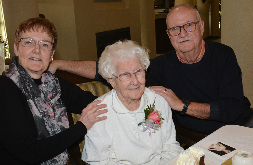 Mom, 100, still a role model for kids