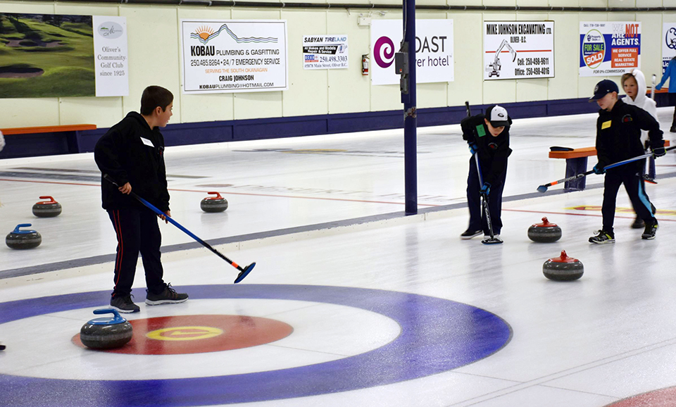 Youth fill curling rink for big junior bonspiel