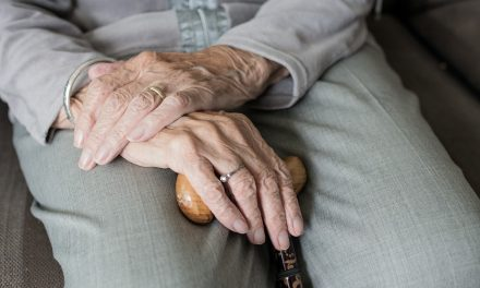 Seniors given access to support line during isolation