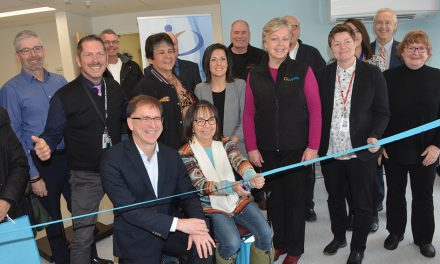 Health minister opens new emergency department in Oliver