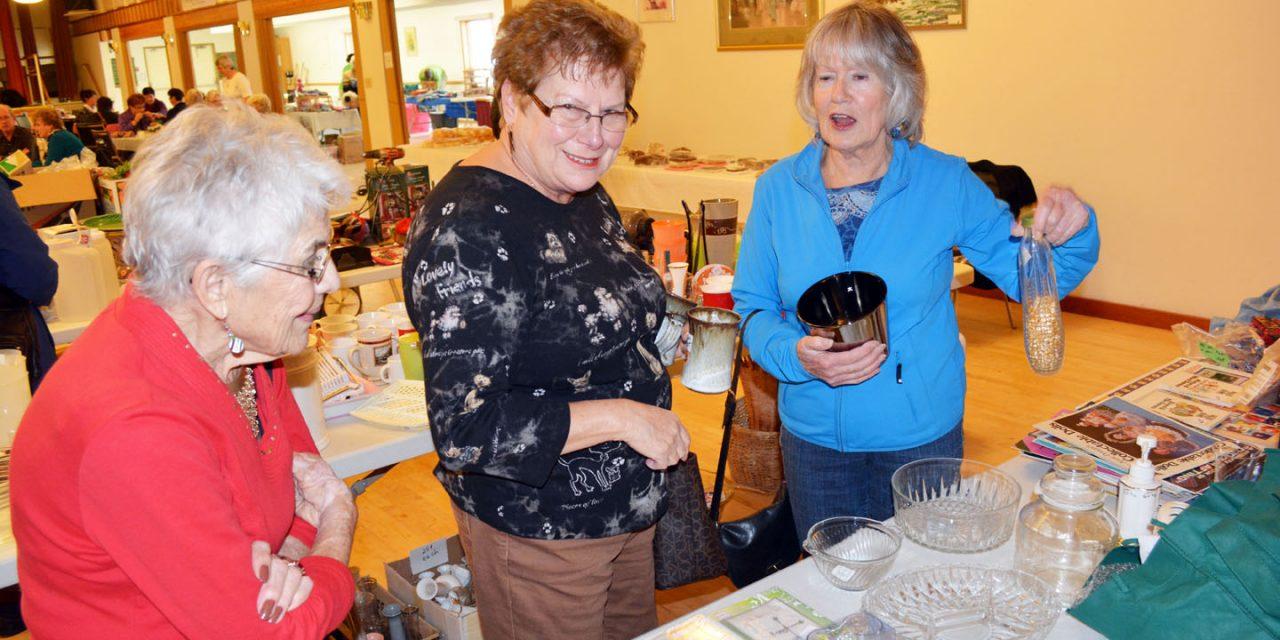 Seniors centre plans to reopen