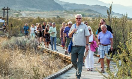 Romancing the Desert draws locals and visitors to evening of wine, food and nature